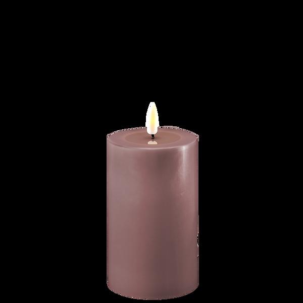 Bilde av Lys lilla led-kubbelys 7,5x12,5cm